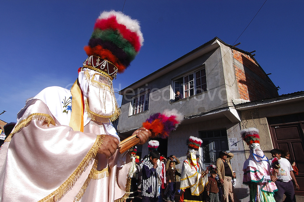 Bolivia.Tarija. San Roque. During the procession