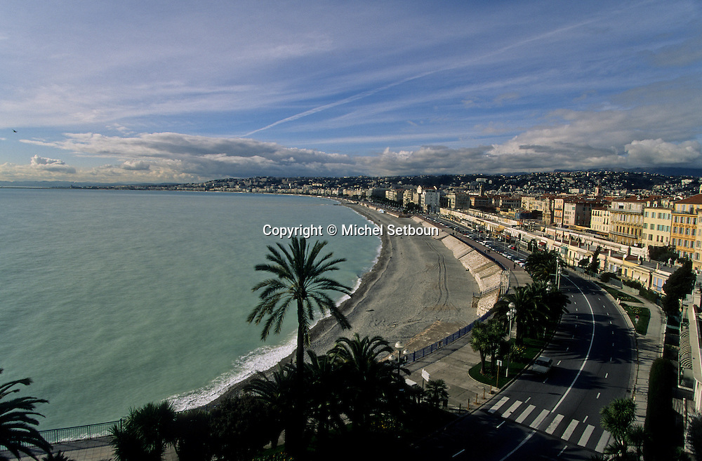 France. Nice. - la baie des anges -       / la baie des anges  Nice  france   / R00115/    L1738  /  P102876