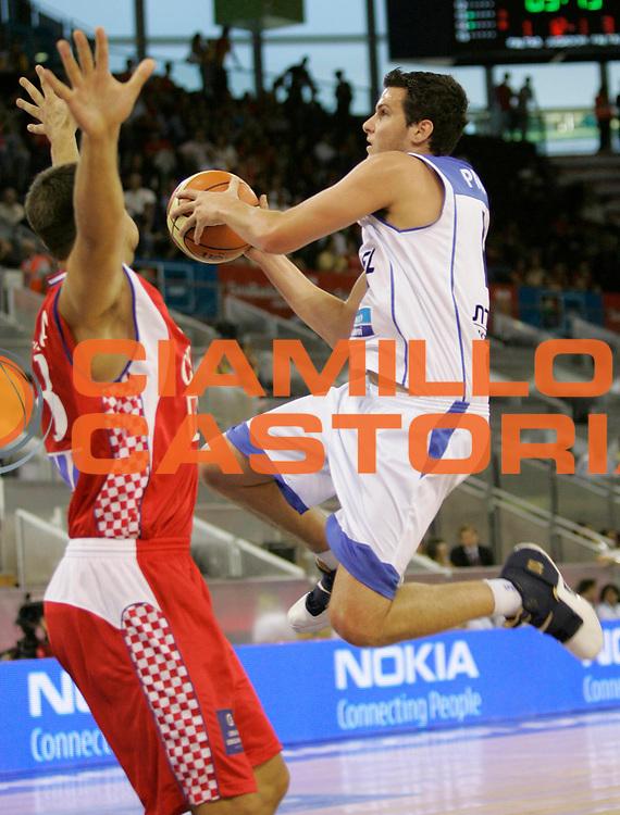 DESCRIZIONE : Madrid Spagna Spain Eurobasket Men 2007 Qualifying Round Israele Croazia Israel Croatia <br /> GIOCATORE : Guy Pniny <br /> SQUADRA : Israele Israel <br /> EVENTO : Eurobasket Men 2007 Campionati Europei Uomini 2007 <br /> GARA : Israele Croazia Israel Croatia <br /> DATA : 07/09/2007 <br /> CATEGORIA : Tiro Nokia <br /> SPORT : Pallacanestro <br /> AUTORE : Ciamillo&amp;Castoria/M.Kulbis <br /> Galleria : Eurobasket Men 2007 <br /> Fotonotizia : Madrid Spagna Spain Eurobasket Men 2007 Qualifying Round Israele Croazia Israel Croatia <br /> Predefinita :