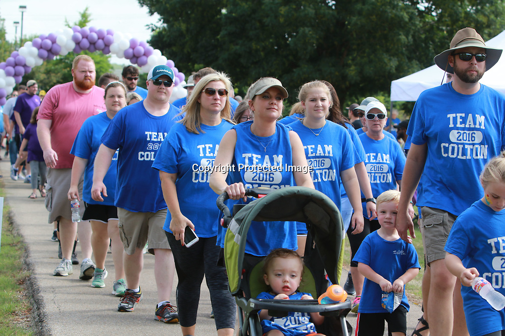 LIBBY EZELL | BUY AT PHOTOS.DJOURNAL.COM<br /> Family and friends of those affected by premature births came out in full force Saturday to participate in the March of Dimes
