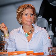 NLD/Arnhem/20121103 - 100 Jarig bestaan NOC/NSF Sportparade, Susannah Chayes