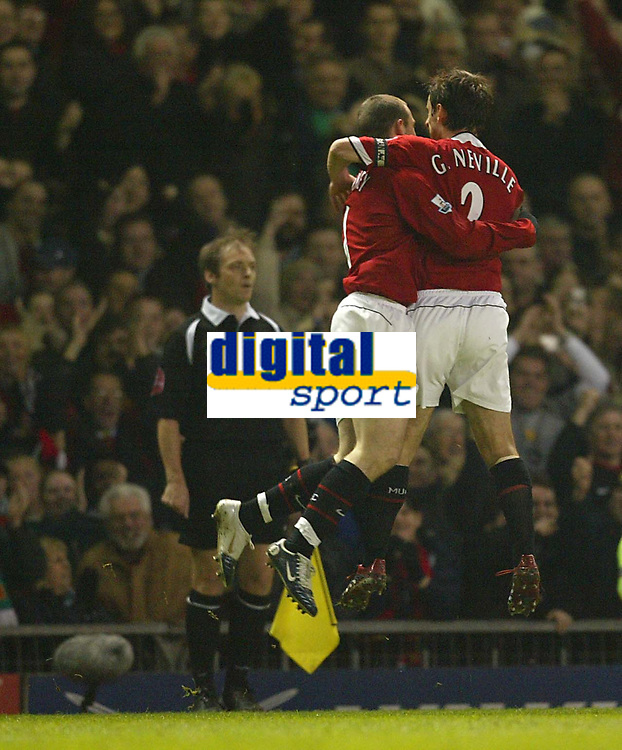 Photo: Aidan Ellis.<br /> Manchester United v Everton. The Barclays Premiership.<br /> 11/12/2005.<br /> United's Wayne Rooney and Gary Neville celebrate Ryan Giggs equalising goal