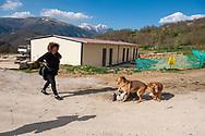 Illica, 13/04/2017: cantiere di costruzione delle case provvisorie per gli sfollati del terremoto. <br /> &copy; Andrea Sabbadini