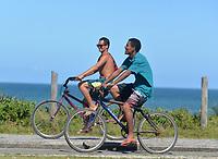 Rio de Janeiro-Brazil May 9, 2020, population of Rio de Janeiro playing sports on the edge of Barra da Tijuca beach, even with the quarantine due to the Coronavirus