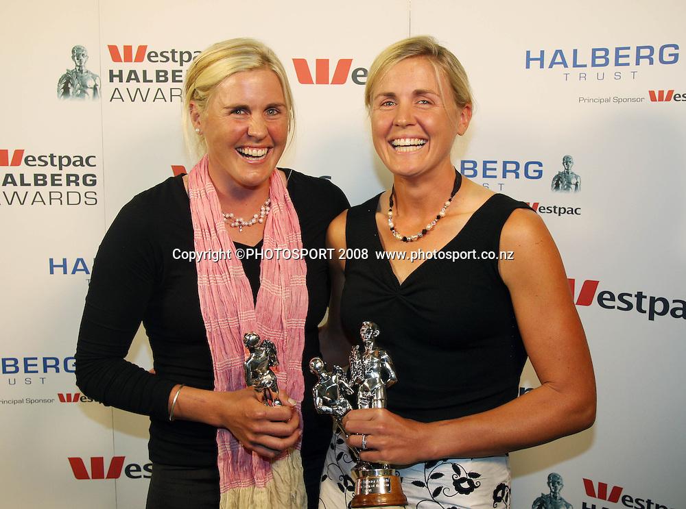 Team of the Year Caroline and Georgina Evers-Swindell. Westpac Halberg Awards, Vector Arena, Auckland, New Zealand. Tuesday 3rd February 2009. Photo: Andrew Cornaga/PHOTOSPORT
