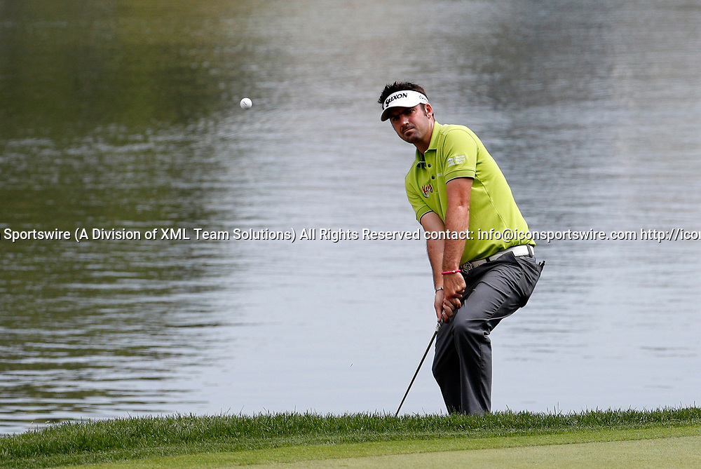 CROMWELL, CT - JUNE 23: Brett Drewitt chips onto the 16th green during the second round of the Travelers Championship on June 23, 2017, at TPC River Highlands in Cromwell, Connecticut. (Photo by Fred Kfoury III/Icon Sportswire)