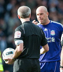02.04.2011, The Hawthorns, West Bromwich, ENG, PL, West Bromwich Albion vs Liverpool FC, im Bild Liverpool's goalkeeper Pepe Reina complains about referee Mark Atkinson's performance during the 2-1 defeat to West Bromwich Albion in the Premiership match at The Hawthorns, EXPA Pictures © 2011, PhotoCredit: EXPA/ Propaganda/ D. Kendall *** ATTENTION *** UK OUT!