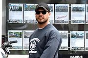 The Hitman's Bodyguard aan het filmen op de grachten in Amsterdam.<br /> <br /> he Hitman's Bodyguard filming on the canals in Amsterdam<br /> <br /> op de foto / On the photo:  Regisseur Patrick Hughes