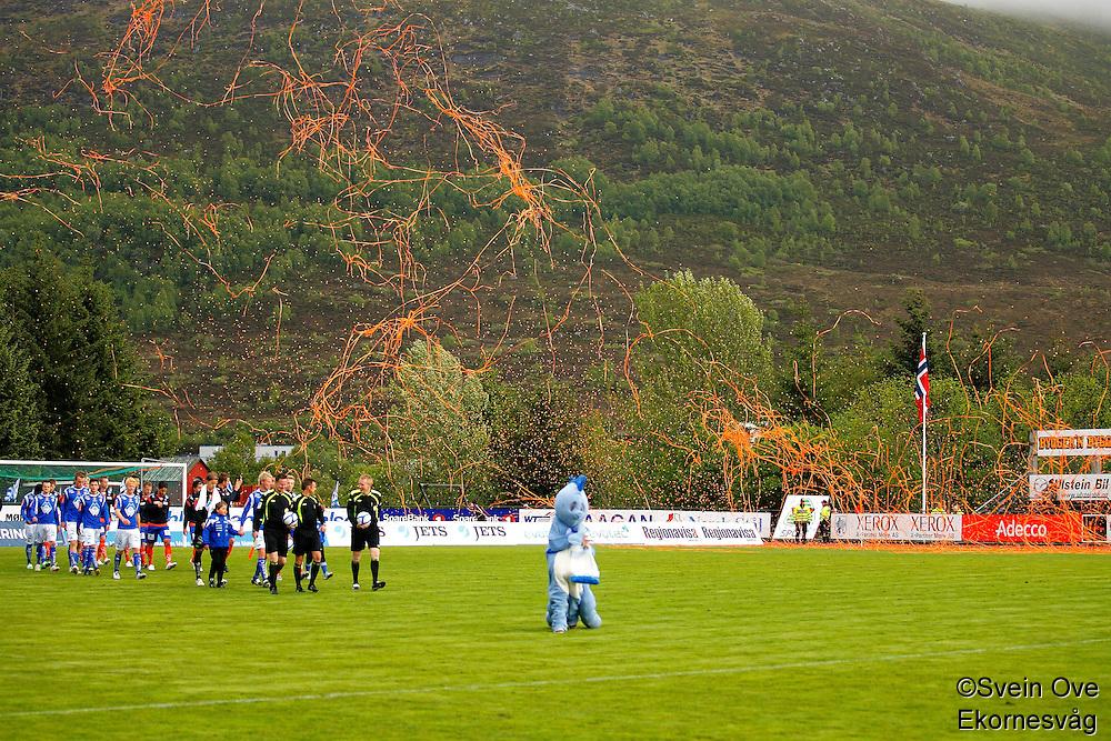 Ulsteinvik 20110525. Bilder fra 3. runde i cupen mellom Hødd og Aalesund på Høddvoll i Ulsteinvik onsdag kveld.<br /> Foto: Svein Ove Ekornesvåg