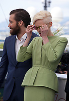 Actress Tilda Swinton and actor Jake Gyllenhaal at the Okja film photo call at the 70th Cannes Film Festival Friday 19th May 2017, Cannes, France. Photo credit: Doreen Kennedy