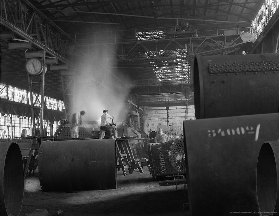 Boiler Makers at Work, Hanomag Hannoversche Maschinenbau AG, Hanover, 1928