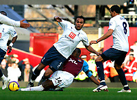 Photo: Tom Dulat/Sportsbeat Images.<br /> <br /> West Ham United v Tottenham Hotspur. The FA Barclays Premiership. 25/11/2007.<br /> <br /> Luis Boa Morte of West Ham United and Younes Kaboul of Tottenham Hotspur with the ball.