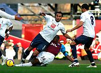 Photo: Tom Dulat/Sportsbeat Images.<br /> <br /> West Ham United v Tottenham Hotspur. The FA Barclays Premiership. 25/11/2007.<br /> <br /> Luis Boa Morte of West Ham United and Younes Kaboul of Tottenham Hotspur with the ball.