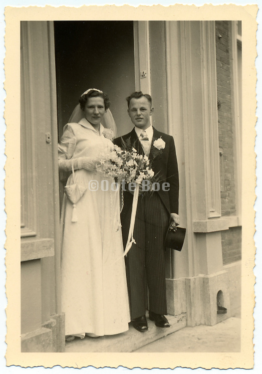 vintage photograph of just married couple.