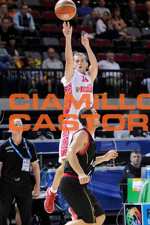 DESCRIZIONE : Klaipeda Lithuania Lituania Eurobasket Men 2011 Preliminary Round Russia Belgio Russia Belgium<br /> GIOCATORE : Dimitry Khvostov<br /> SQUADRA : Russia<br /> EVENTO : Eurobasket Men 2011<br /> GARA : Russia Belgio Russia Belgium<br /> DATA : 03/09/2011<br /> CATEGORIA : tiro penetrazione<br /> SPORT : Pallacanestro <br /> AUTORE : Agenzia Ciamillo-Castoria/C.De Massis<br /> Galleria : Eurobasket Men 2011<br /> Fotonotizia : Klaipeda Lithuania Lituania Eurobasket Men 2011 Preliminary Round Russia Belgio Russia Belgium<br /> Predefinita :