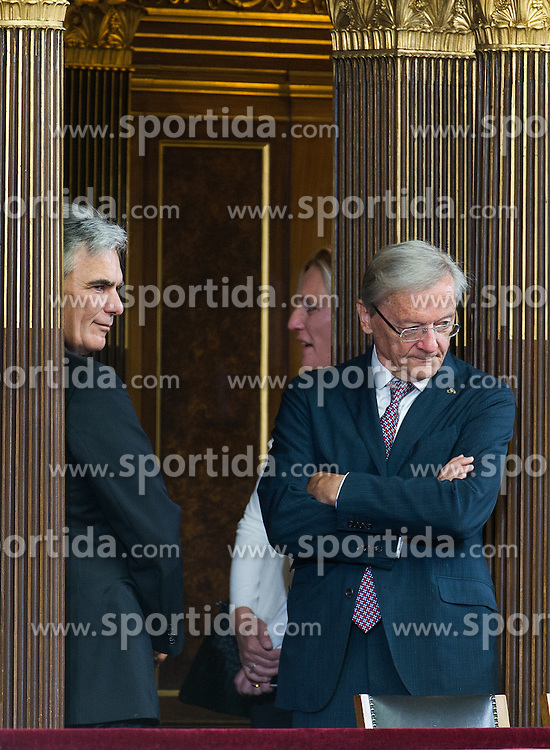 08.07.2016, Historischer Sitzungssaal, Wien, AUT, Parlament, Bundesversammlung zur Verabschiedung des scheidenden Bundespräsidenten Fischer, im Bild die ehemaligen Bundeskanzler Werner Faymann und Wolfgang Schüssel // the former Chancellors of Austria Werner Faymann and Wolfgang Schuessel during farewell ceremony for the federal president of austria at austrian parliament in Vienna, Austria on 2016/07/08, EXPA Pictures © 2016, PhotoCredit: EXPA/ Michael Gruber