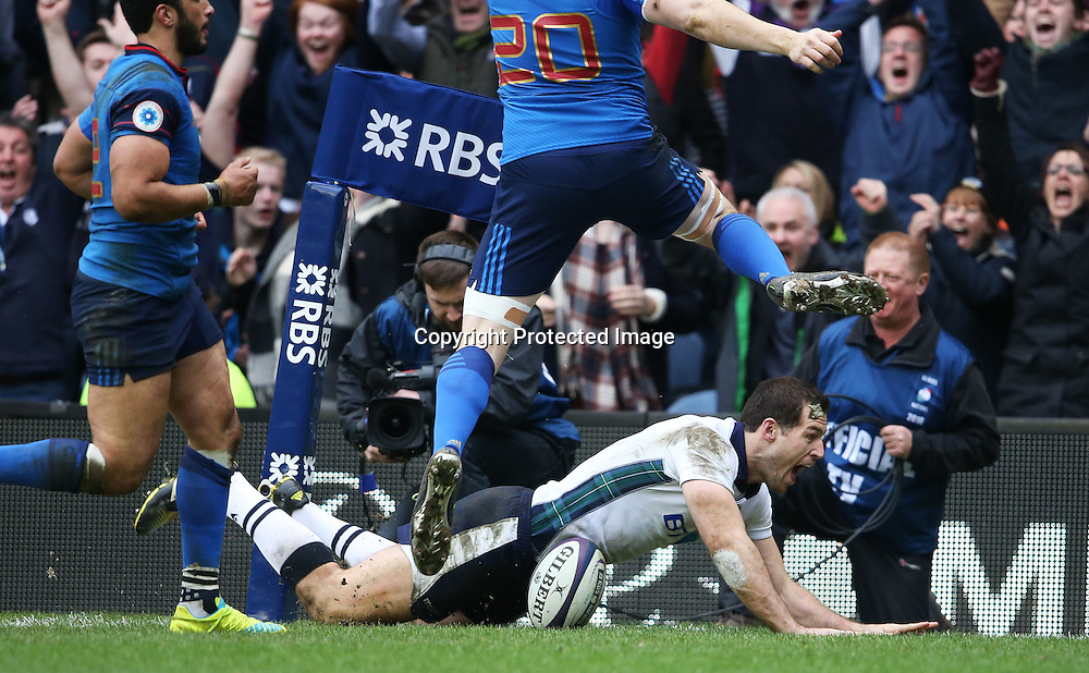 RBS 6 Nations Championship Round 4, BT Murrayfield, Edinburgh, Scotland 13/3/2016<br /> Scotland vs France<br /> Scotland's Tim Visser celebrates scoring a try<br /> Mandatory Credit &copy;INPHO/Cathal Noonan