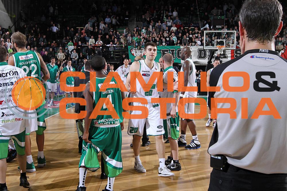 DESCRIZIONE : Treviso Lega A 2011-12 Benetton Treviso Sidigas Avellino<br /> GIOCATORE : Jeff Viggiano<br /> SQUADRA : Benetton Treviso Sidigas Avellino<br /> EVENTO : Campionato Lega A 2011-2012 <br /> GARA : Benetton Treviso Sidigas Avellino<br /> DATA : 04/02/2012<br /> CATEGORIA : Delusione<br /> SPORT : Pallacanestro <br /> AUTORE : Agenzia Ciamillo-Castoria/G.Contessa<br /> Galleria : Lega Basket A 2011-2012 <br /> Fotonotizia : Treviso Lega A 2011-12 Benetton Treviso Sidigas Avellino<br /> Predfinita :