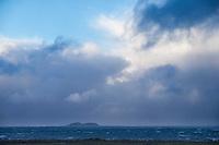 Vindsurfing i uværet Ole.<br /> Foto: Svein Ove Ekornesvåg