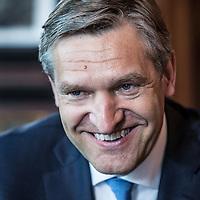 Nederland, Den Haag, 1 juni 2016.<br /> Sybrand van Haersma Buma (1965) is sinds 12 oktober 2010 fractievoorzitter van het CDA in de Tweede Kamer. Hij is sinds 23 mei 2002 Tweede Kamerlid.<br /> <br /> <br /> <br /> Foto: Jean-Pierre Jans