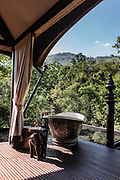 Bathtub with jungle views
