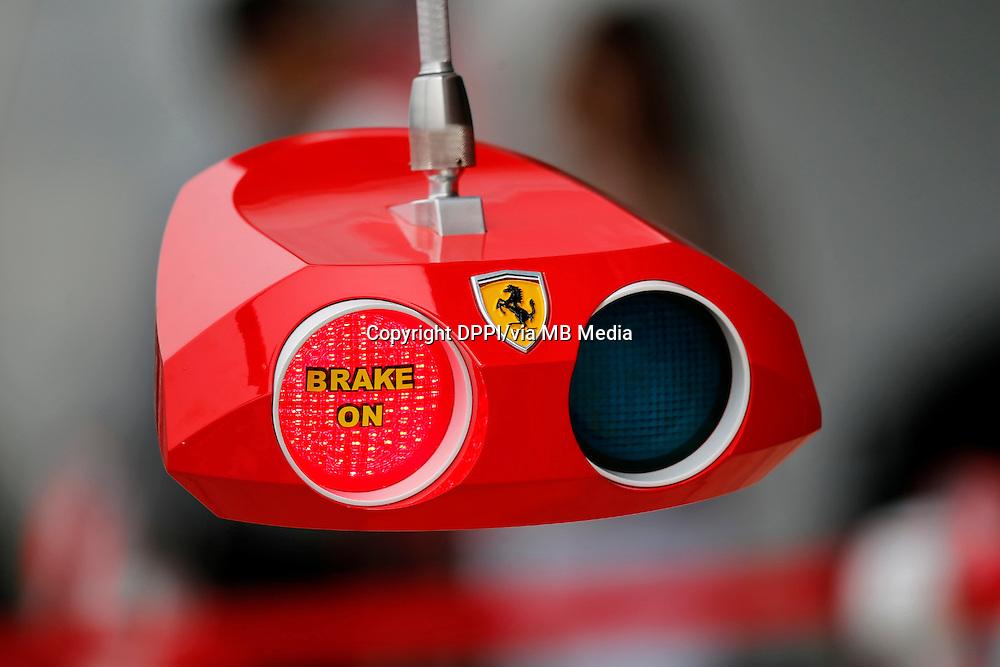 MOTORSPORT - F1 2013 - BRITISH GRAND PRIX - GRAND PRIX D'ANGLETERRE - SILVERSTONE (GBR) - 28 TO 30/06/2013 - PHOTO : ALEXANDRE GUILLAUMOT / DPPI - FERRARI TEAM AMBIANCE