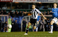 Photo: Leigh Quinnell.<br /> Birmingham City v Newcastle United. The FA Cup. 06/01/2007. Newcastles Kieran Dyer races for goal.