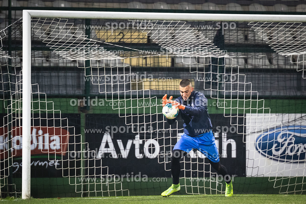 Igor Vekić of Bravo warming up before football match between NŠ Mura and NK Bravo in 20th Round of Prva liga Telekom Slovenije 2019/20, on December 5, 2019 in Fazanerija, Murska Sobota, Slovenia. Photo by Blaž Weindorfer / Sportida