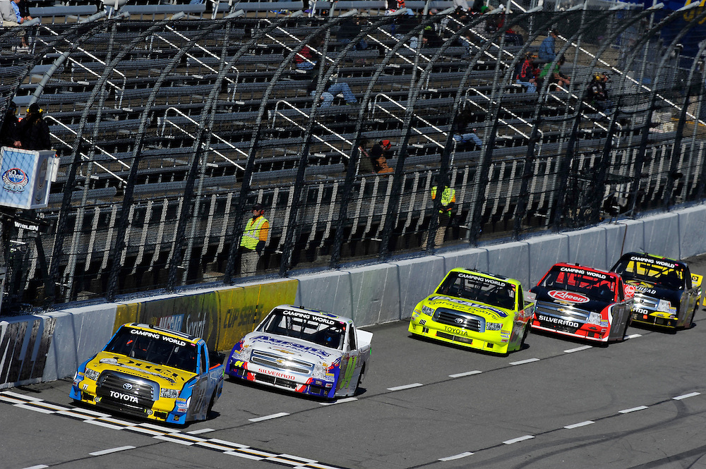 25-26 October, 2013, Martinsville, Virginia USA<br /> German Quiroga Jr, Chase Elliott, Matt Crafton, James Buescher<br /> &copy;2013 Scott R LePage <br /> LAT Photo USA