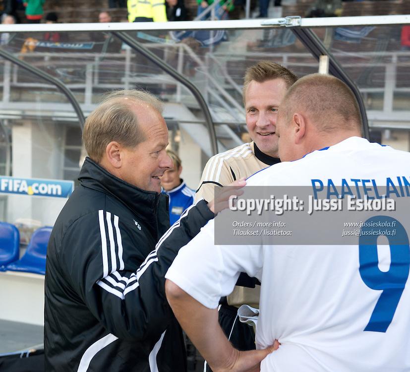 Antti Muurinen, Antti Niemi, Mixu Paatelainen. Respect-ottelu. Helsinki 8.9.2012. Photo: Jussi Eskola