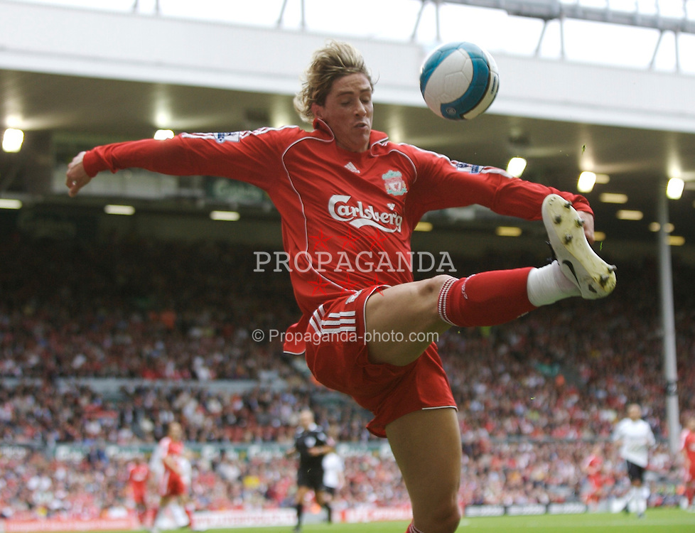 Liverpool, England - Saturday, September 1, 2007: Liverpool's Fernando Torres in action against Derby County during the Premiership match at Anfield. (Photo by David Rawcliffe/Propaganda)