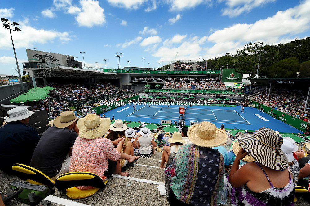 General view of centre court at the Heineken Open. ASB Tennis Centre, Auckland, New Zealand. Wednesday 14 January 2015. Copyright photo: Chris Symes/www.photosport.co.nz