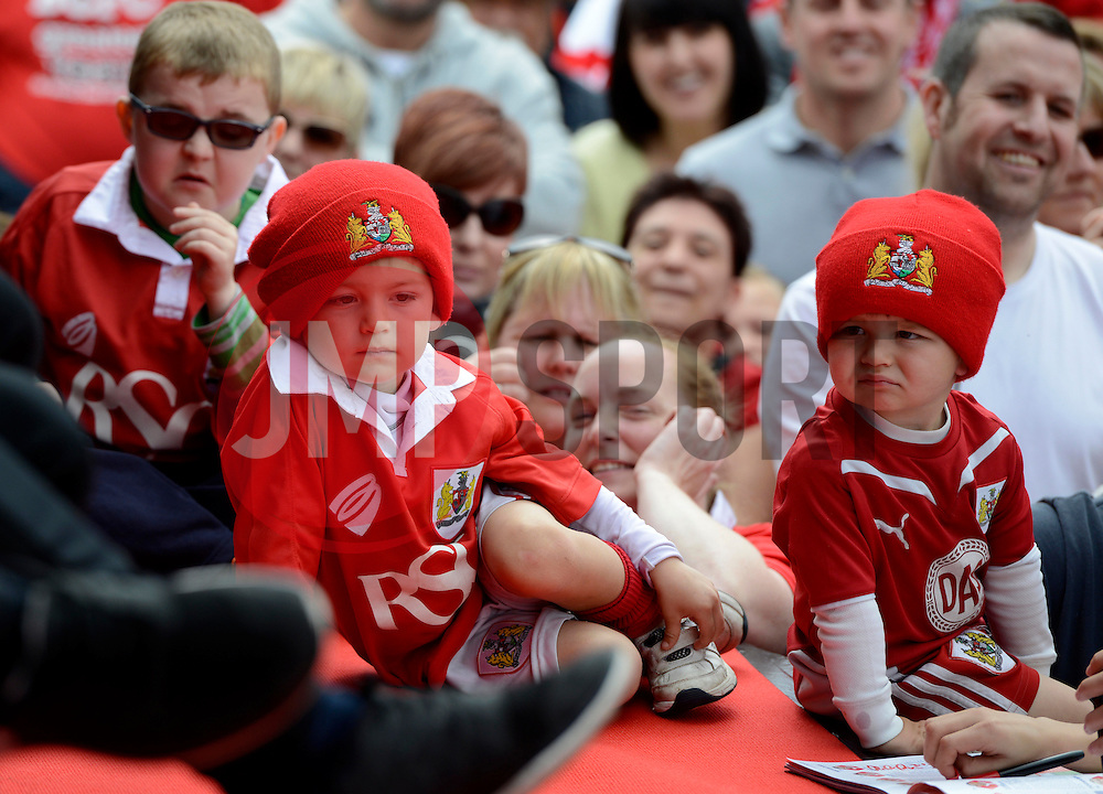 Fans fill the Lloyds Amphitheater - Photo mandatory by-line: Joe Meredith/JMP - Mobile: 07966 386802 - 04/05/2015 - SPORT - Football - Bristol -  - Bristol City Celebration Tour