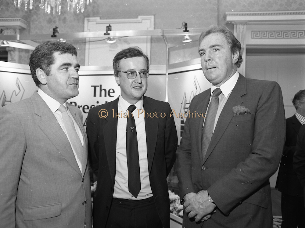 28/10/1985<br /> 10/28/1985<br /> 28 October 1985<br /> Launch of Gaisce The Presidents Award at Aras an Uachtarain. President Dr. Patrick Hillery launched the new national youth award scheme to be the nations highest award to Irish young people aged 15-25. Picture shows Dr. A.F.J. O'Reilly (right) Chairman of the Management Committee of the Award Scheme and Mr. John Murphy, (left) Executive Director chatting with Mr. Jim O'Flynn, of the City of Cork Vocational Education Committee, who participated in the organising of the pilot scheme of the President's Award in Cork.