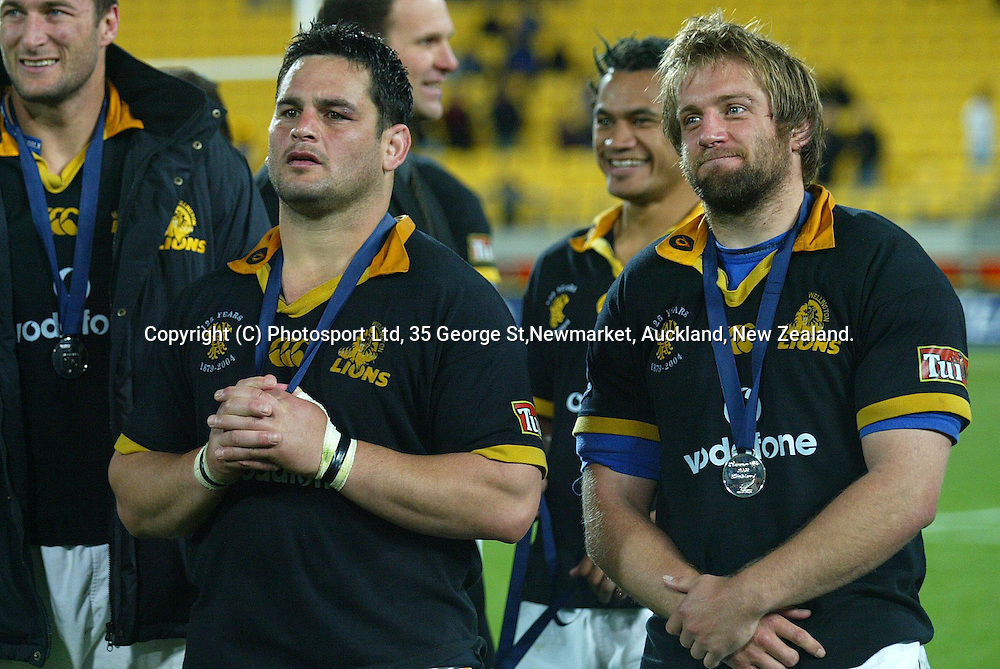 Wellington's Joe McDonnell (L) and Ben Herring are disappointed after the NPC Div 1 Final, Saturday 24 October 2004,Westpac Stadium, Wellington, New Zealand. Canterbury defeated Wellington 40-27.<br />PHOTO: Marty Melville<br />Photosport