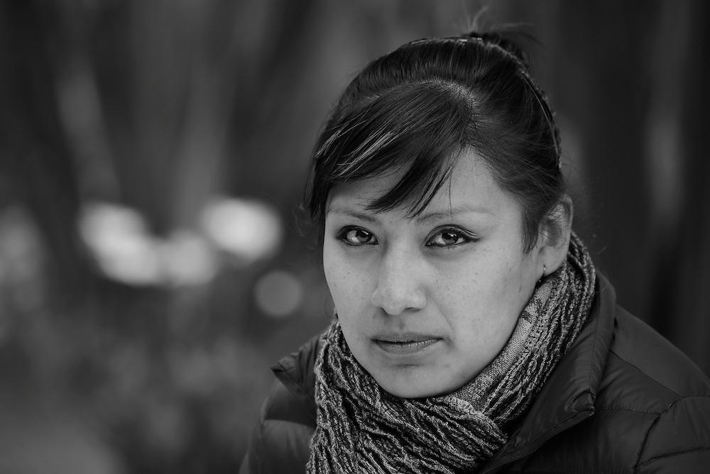 South America, Peru, Lake Titicaca, Suasi Island,  Peruvian woman, MR 0509