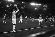 Abdoulay Konko batte il fallo laterale durante la partita di campionato Lazio vs Napoli. Stadio Olimpico. 9 febbraio 2013. Christian Mantuano / Oneshot