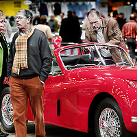Nederland,Maastricht ,12 januari 2008.?InterClassics & TopMobiel 2008.Van vrijdag 11 t/m zondag 13 januari 2008 wordt het nieuwe jaar wederom sfeervol ingeluid voor liefhebbers van klassieke automobielen tijdens InterClassics & TopMobiel in MECC Maastricht. .Tijdens InterClassics & TopMobiel 2008 kleurt Maastricht rood. In samenwerking met de Ferrari Club Nederland wordt namelijk op spectaculaire wijze stilgestaan bij de 60-jarige historie van het beroemdste automerk ter wereld door maar liefst 60 verschillende typen uit alle bouwjaren te tonen. Van de 166 Inter Stabilimenti Farina Coupe tot de allernieuwste 599 GTB Fiorano. Ook klassieke en moderne F1 bolides zullen niet ontbreken. ?Maar natuurlijk draait het niet alleen om Ferrari. Zo is er op InterClassics een speciaal Porsche paviljoen te vinden en treft u er tientallen stands vol onderdelen, literatuur en automobilia aan..Maar tijdens InterClassics & TopMobiel zijn de klassiekers en alles wat daarbij hoort even dierbaar. Een originele Opel Olympia of een gerestaureerde MG TD, de goede onderdelen, de juiste literatuur of het passende rubber. Samen vormen ze het volledige aanbod op een beurs die inmiddels naam en faam verworven heeft. InterClassics & TopMobiel Fair of oldtimers and other classic cars in Maastricht.