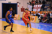 DESCRIZIONE : Borgosesia Torneo di Varallo Lega A 2011-12 EA7 Emporio Armani Milano Novipiu Casale Monferrato<br /> GIOCATORE : Ariel Filloy<br /> CATEGORIA :  Palleggio<br /> SQUADRA : EA7 Emporio Armani Milano<br /> EVENTO : Campionato Lega A 2011-2012<br /> GARA : EA7 Emporio Armani Milano Novipiu Casale Monferrato<br /> DATA : 10/09/2011<br /> SPORT : Pallacanestro<br /> AUTORE : Agenzia Ciamillo-Castoria/A.Dealberto<br /> Galleria : Lega Basket A 2011-2012<br /> Fotonotizia : Borgosesia Torneo di Varallo Lega A 2011-12 EA7 Emporio Armani Milano Novipiu Casale Monferrato<br /> Predefinita :