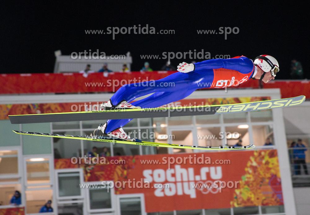 06.02.2014, RusSki Gorki Jumping Center, Krasnaya Polyana, RUS, Sochi 2014, Skisprung Herren Normalschanze, Training, im Bild Gregor Schlierenzauer (AUT) // Gregor Schlierenzauer of Austria during the practice of Men's Normal Hill Individual Qualification Round of the Olympic Winter Games 'Sochi 2014' at the RusSki Gorki Jumping Center in Krasnaya Polyana, Russia on 2014/02/06. EXPA Pictures © 2014, PhotoCredit: EXPA/ Johann Groder