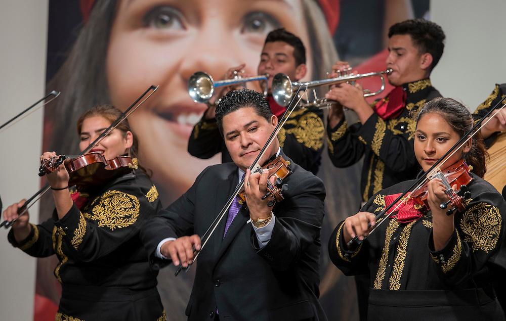 Houston ISD Superintendent Richard Carranza performs with the Sam Houston Mariachi, February 2, 2017.