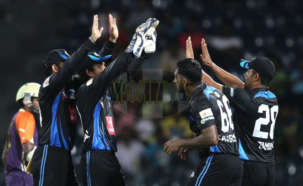 Wayamba United celebrate Dilruwan Perera of Ruhuna Royals wicket during match 20 of the Sri Lankan Premier League between Ruhuna Royals and Wayamba United held at the Premadasa Stadium in Colombo, Sri Lanka on the 26th August 2012. .Photo by Shaun Roy/SPORTZPICS/SLPL