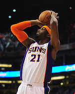 Feb. 17, 2011; Phoenix, AZ, USA; Phoenix Suns forward Hakim Warrick (21) puts up a shot against the Dallas Mavericks at the US Airways Center. Mandatory Credit: Jennifer Stewart-US PRESSWIRE