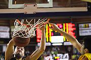 DESCRIZIONE : Barcellona Pozzo di Gotto Campionato Lega Basket A2 2011-12 Sigma Barcellona Givova Scafati<br /> GIOCATORE : Wilson<br /> SQUADRA : Givova Scafati<br /> EVENTO : Campionato Lega Basket A2 2011-2012<br /> GARA : Sigma Barcellona Givova Scafati<br /> DATA : 22/01/2012<br /> CATEGORIA : Sponsor Schiacciata<br /> SPORT : Pallacanestro <br /> AUTORE : Agenzia Ciamillo-Castoria/G.Pappalardo<br /> Galleria : Lega Basket A2 2011-2012 <br /> Fotonotizia : Barcellona Pozzo di Gotto Campionato Lega Basket A2 2011-12 Sigma Barcellona Givova Scafati<br /> Predefinita :