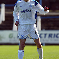 Queen of the South v St Johnstone...01.05.04  <br />Stephen Fraser making his debut for St Johnstone<br /><br />Picture by Graeme Hart.<br />Copyright Perthshire Picture Agency<br />Tel: 01738 623350  Mobile: 07990 594431