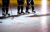 Eishockey Nationalmannschaft :  Saison   2009/2010     08.11.2009 Deutschland Cup , GER - SUI ,  Schweiz Allgemein , Schlittschuhe