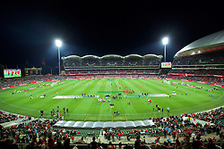 ADELAIDE, AUSTRALIA - Monday, July 20, 2015: Liverpool and Adelaide United players warm-up before a preseason friendly match at the Adelaide Oval on day eight of the club's preseason tour. (Pic by David Rawcliffe/Propaganda)