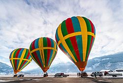 05.02.2018, Zell am See - Kaprun, AUT, BalloonAlps, im Bild drei Heissluftballone vor dem Start am Flugplatz // three hot air balloons before the start at the airfield during the International Balloonalps Week, Zell am See Kaprun, Austria on 2018/02/05. EXPA Pictures © 2018, PhotoCredit: EXPA/ JFK