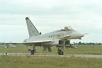 06 JUN 2000, BERLIN/GERMANY:<br /> EUROFIGHTER EF 2000, zukünftiges Jagdflugzeug der Bundesluftwaffe, am Boden, Internationale Luftfahrausstellung, ILA 2000 <br /> IMAGE: 20000606-01/04-05<br /> KEYWORDS: Flugzeug, plane, Armee, army, Bundeswehr, Waffe, wappon