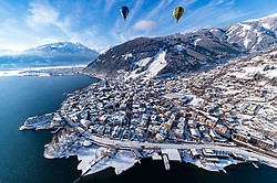 05.02.2018, Zell am See - Kaprun, AUT, BalloonAlps, im Bild Heissluftballone in der Luft über den Zeller See mit dem Panorama der umliegenden Berge // hot air balloons in the air over the Zeller lake with the panorama of the surrounding mountains during the International Balloonalps Alps Crossing Event, Zell am See Kaprun, Austria on 2018/02/05. EXPA Pictures © 2018, PhotoCredit: EXPA/ JFK